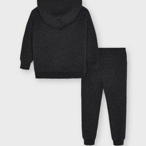 Tuta tricor